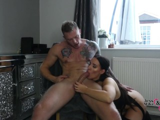 Hot Sexy Brunette British Milf Gives Sloppy Blowjob, Gags Hard On Big Cock