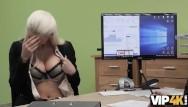 Blanche nude Vip4k. devant la señorita blanca blanche necesita dinero, por qué sopla