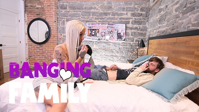 Banging Family - My Step-Mom Loves Anal