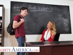 Naughty The Us - Linzee Ryder Has A Punch On Her Spectacular Student