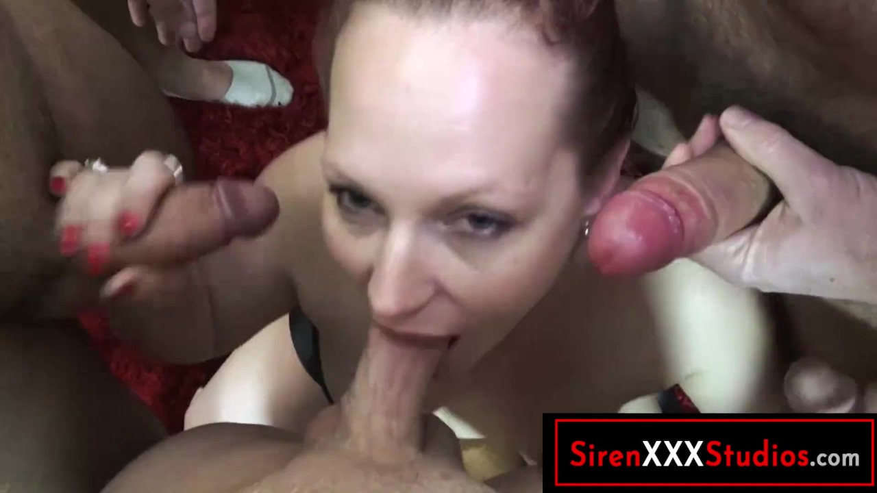 Aunt and niece lesbian fuck
