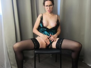 Hot Milf Dances Striptease And Masturbates With Squirt – CatherineRain
