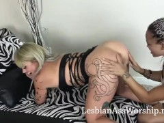 Lesbians Ruby Octroi And Ashley Luvbug Munching Red-hot Butt