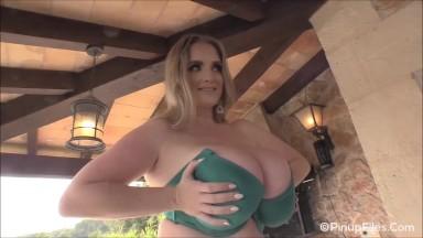 Maria body nude