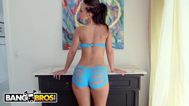 BANGBROS - Gorgeous Whooty Jada Stevens Looking Damn Good While Taking Dick