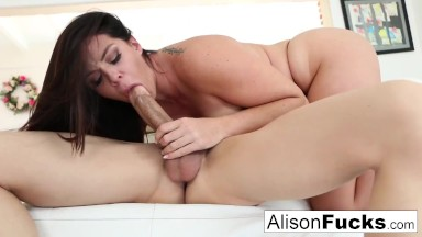 vruće latina milf porno video naruto hentai blowjob