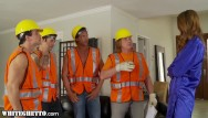 Spanks construction kirksville - Horny housewife gangbanged by construction workers -whiteghetto