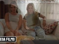 Bellesa - Schattige Lesbiennes Gia Paige& Charlotte Stokely hebben geen behoefte aan mannen