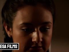 Bellesa - Small Tit Bubble Butt Eliza Ibarra Makes Love In The Shower