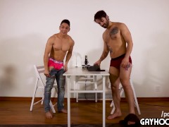 pinoy filipino 18yo str8 bubble ass jock vs extremely hot gay guy!