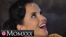 MOMxxx Guitar tutor gives horny MILF Jennifer Mendez big facial