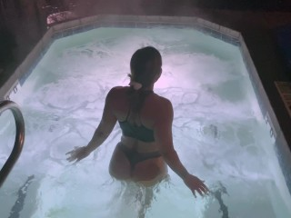 Thick ass babe gets her ass fucked after teasing her husband in the hot tub
