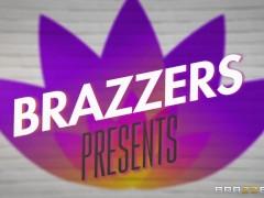 BRAZZERS - Exclusieve SNEAK PEEK van Nicolette Shea's FIRST ANAL op 29 feb.