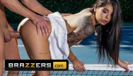 Brazil fuck pics - Brazzers - small tit athletic gina valentina gets fucked outdoors