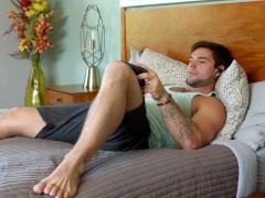 VolgendeDeurTaboo - Aspen's Stiefbroer vangt hem op bij het kijken naar porno