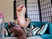 Amy Wynters Oily Wrinkled Soles Fishnet Custom Foot Fetish JOI