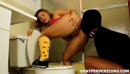 Brat princess christinaa ass worship Femdom toilet traning: glory hole cleaner