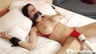 Lingeerie bondage Tied-up babe gets pleasured by a toy