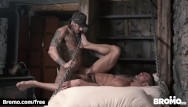 Fro gay - Bromo - athletic snowboarder takes big dick bareback