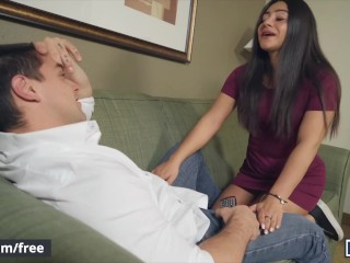 MENCOM – Dude gets his surprise dick and loves it