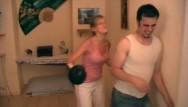 Femdom of men clips - Fetish girls boxng men