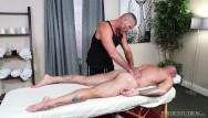 Gay massage in madrid - Menover30 - sean duran gets a full body massage