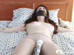 Babe Gets Played By A Hitachi While Gagged