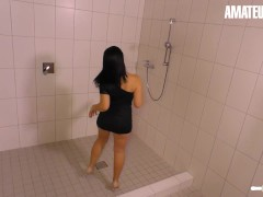 Hausfrau Ficken - Kinky Cheating Housewife Gets Banged By The Janitor