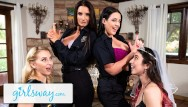 Girls18 lesbian Angela white turns this bachelorette fuck party into a foursome - girlsway