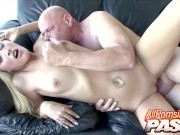 Sexy Blonde Babe Sunny Day Creampied