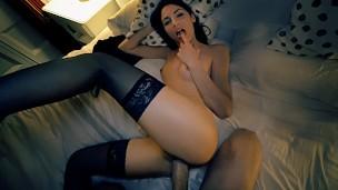 Ночной секс с няшкой латиной