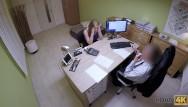 Donne spiate nude Loan4k. une étudiante donne sa chatte à un étranger