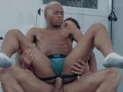 Noir Male - Gym buddies Cade Maddox & Marcel Tykes end up fucking