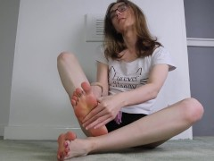 Sloppy Foot Licking Worship before I Cum All Over My Wet Toes
