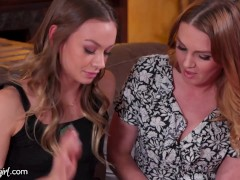 Dreamy Cougar Marie Mccray Helps Her Daughter Naomi Swann To Probe - Mommysgirl