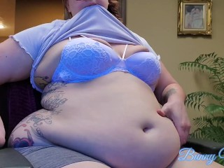 BBW Belly Play & Belly Button Fuck at Work