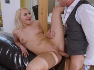 Dane Jones 19 yr old blonde cant wait to fuck her older lover