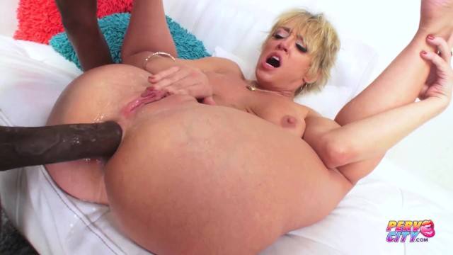 Blonde MILF loves BBC in her tight asshole