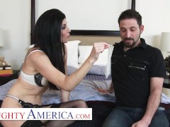 Naughty America - India Summer Gets Back At Her Spouse By Boinking Her Individual Trainer