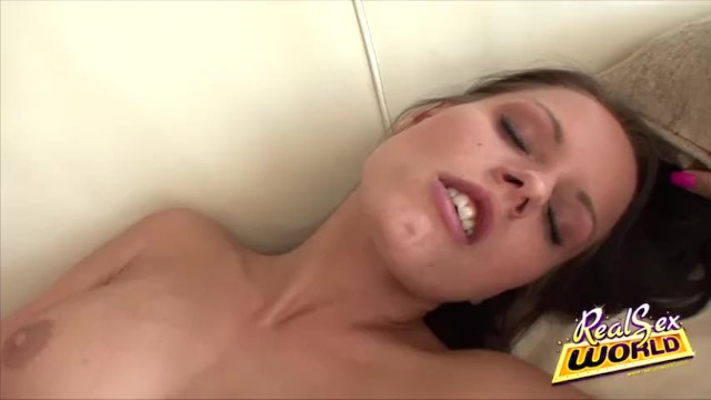 Twat Exploring For The Horny Chick Miloslava