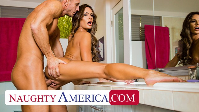 Naughty America - Aila Donovan pays her rent debt by fucking the landlord
