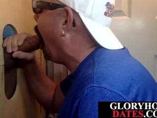 Gloryhole DILF dicksucking till tasting cum