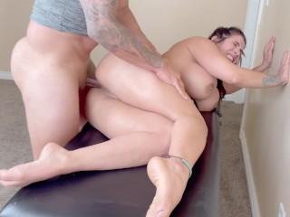 Big Ass MILF didn't expect Deep Hard Anal Sex after Erotic Massage