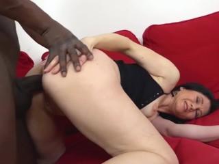 GRANNYLOVESBLACK – GILF Niky loves anal
