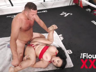 payton preslee gets her boxing workout on and also hardcore ring sex