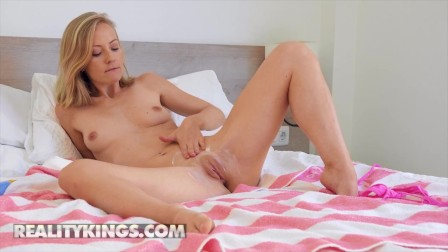 Reality Kings - Sicilia Rubs Lotion All Over Her Tits, Ass & Pussy Before Playing With Her Vibrator