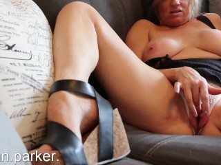 Mom's Friend Seduces Tristan Parker and Begs For His Cock