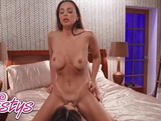 Twistys – Lesbians Abigail Mac, Liv Wild have wild make up sex