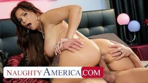 Naughty America - Syren De Mer rides Quinton's cock
