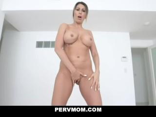 Spying On My Sexy Stepmom Makayla Cox